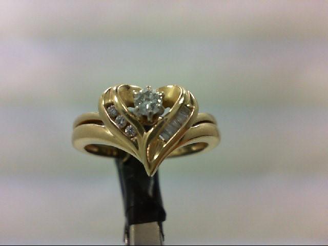 Lady's Diamond Wedding Set 9 Diamonds 0.18 Carat T.W. 14K Yellow Gold 3.9g Size: