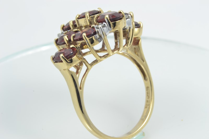 ESTATE RED GARNET DIAMOND RING SOLID 10K GOLD OVAL CLUSTER SIZE 6.5
