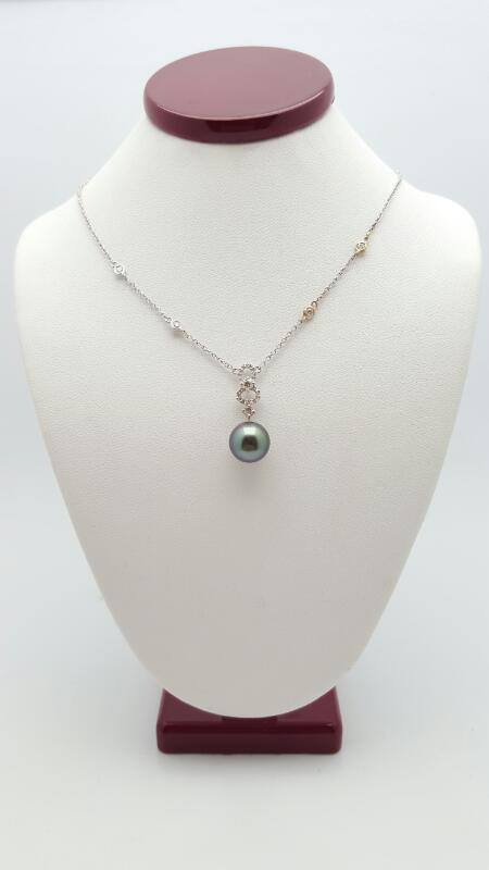 Pearl Diamond & Stone Necklace 24 Diamonds .31 Carat T.W. 18K White Gold 4.2g