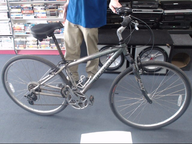 TREK Mountain Bicycle MULTITRACK 7100