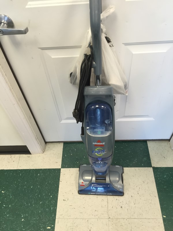 BISSELL UPRIGHT DRY/WET VACCUM, SERIES # 5200