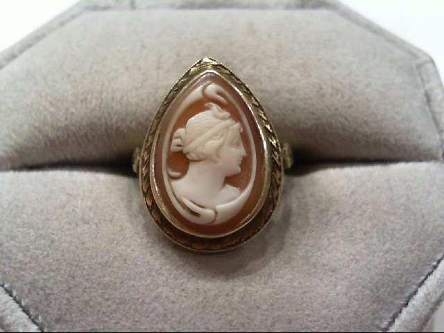Lady's Gold Ring 18K Yellow Gold 3.9g