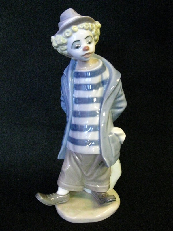 Lladro 7602 Little Traveler Clown 1986 Collectors Society no Box