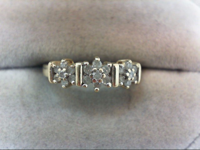Lady's Diamond Cluster Ring 21 Diamonds .28 Carat T.W. 10K Yellow Gold 2.1g