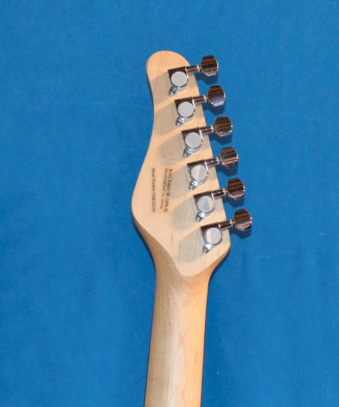 ROGUE GUITARS Electric Guitar ROCKETEER