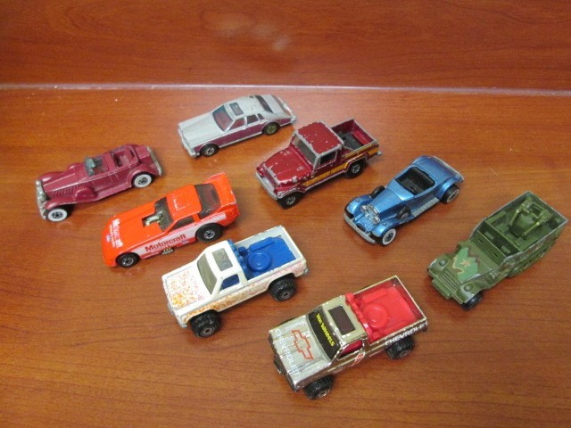 LOT OF 8 HOT WHEELS CARS 70's and 80's