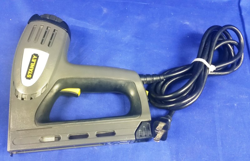 STANLEY ELECTRIC STAPLER TRE550