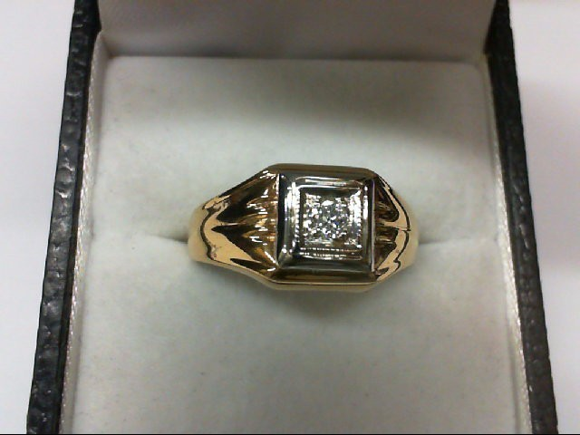 Gent's Diamond Solitaire Ring 0.1 CT. 14K Yellow Gold 3.8g