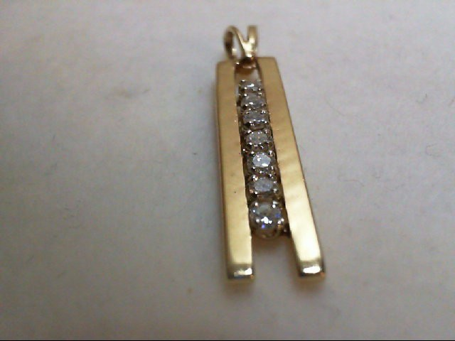 Gold-Multi-Diamond Pendant 7 Diamonds 0.28 Carat T.W. 14K Yellow Gold 2.7g