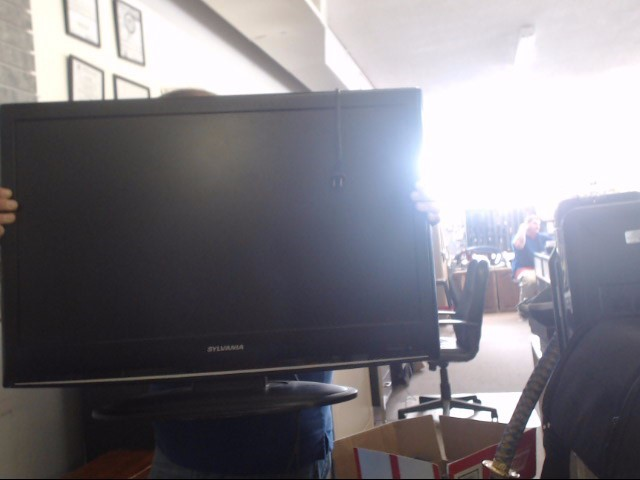 SYLVANIA Flat Panel Television LC320SS9 A