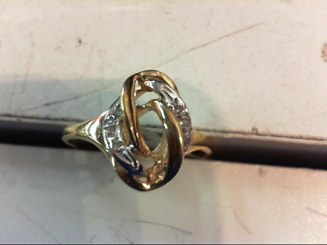 Lady's Diamond Cluster Ring 5 Diamonds .025 Carat T.W. 14K Yellow Gold 2.5g