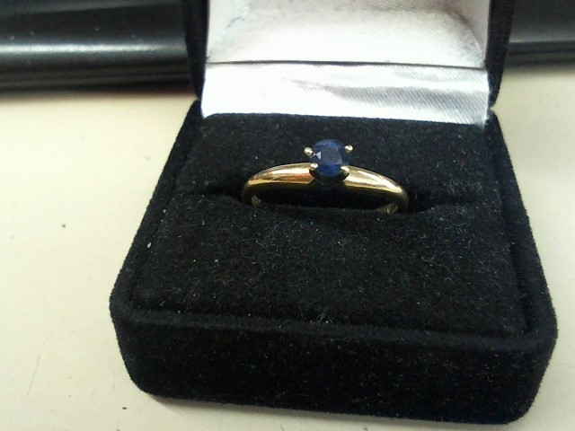 Sapphire Lady's Stone Ring 14K Yellow Gold 2.1g