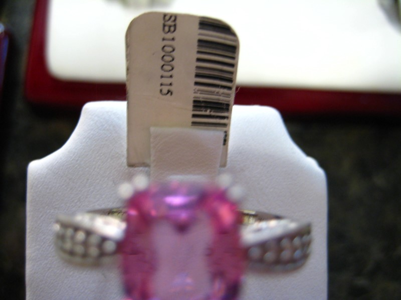 Synthetic Pink Stone Lady's Stone Ring 10K White Gold 4.1g