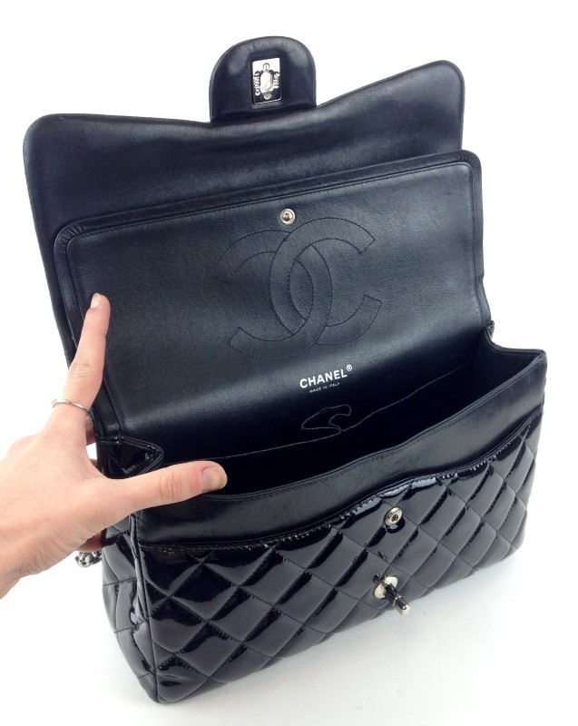 CHANEL MAXI JUMBO BLACK PATENT LEATHER SHW