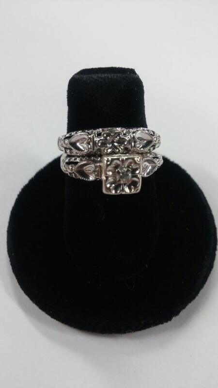 WEDDING SET 14KWG ANTIQUE RINGS size 4.5