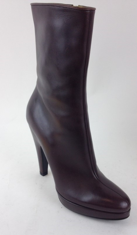 PRADA BROWN LEATHER CALF BOOTS