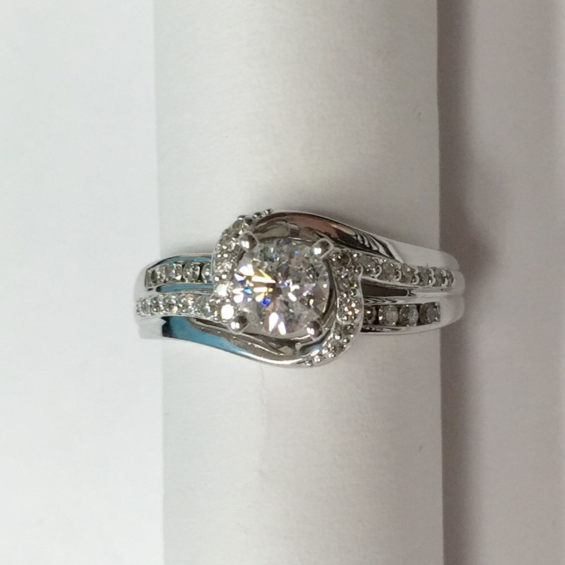 Lady's Diamond Engagement Ring 31 Diamonds .85 Carat T.W. 14K White Gold 3.1dwt