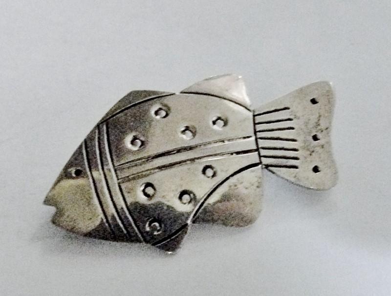 Silver Fish Brooch 925 Silver 2.3dwt