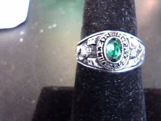 Green Stone Lady's Silver & Stone Ring 925 Silver 2.9dwt