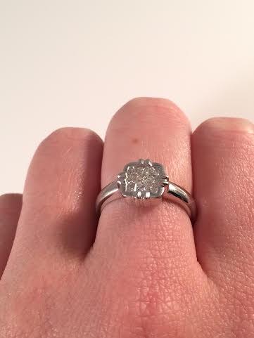 Lady's Diamond Cluster Ring 9 Diamonds .45 Carat T.W. 18K White Gold 4.6g