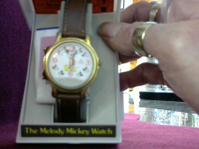 LORUS Gent's Wristwatch MICKEY MOUSE