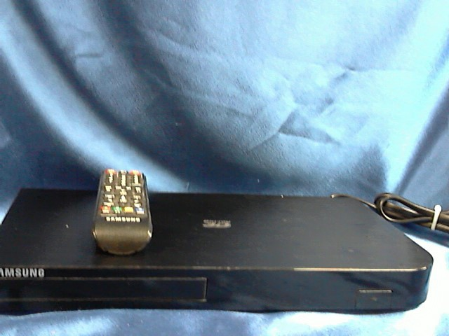 SAMSUNG 3D BLU-RAY PLAYER BDH5900