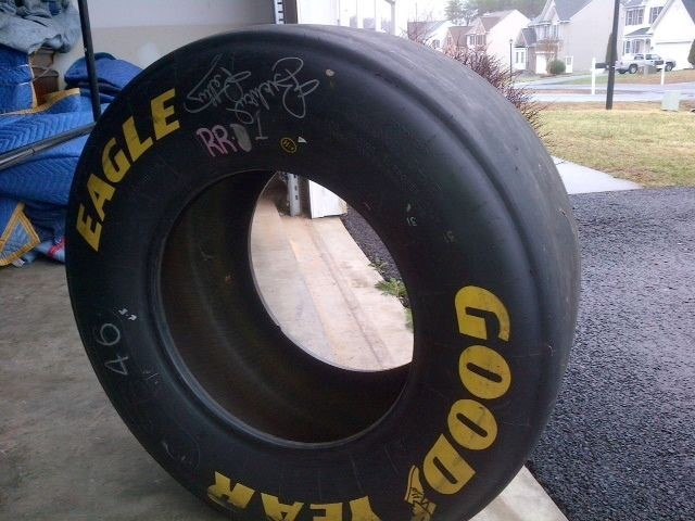NASCAR Vehicle Part/Accessory SPRINT CUP TIRE SIGNED BY RICHARD PETTY