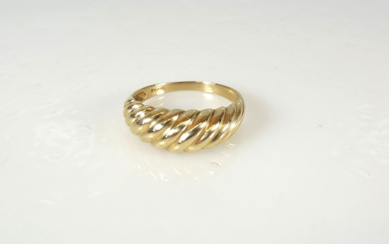 LADY'S PLAIN GOLD BAND 10KYG 2.6G SZ.7