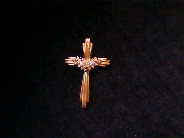 Gold-Multi-Diamond Pendant 15 Diamonds .15 Carat T.W. 10K Yellow Gold 2.3g