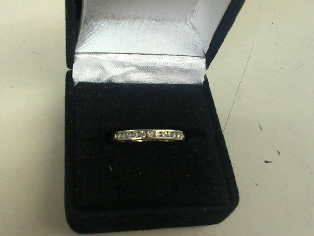 Lady's Diamond Wedding Band 13 Diamonds .26 Carat T.W. 14K White Gold 2.5g