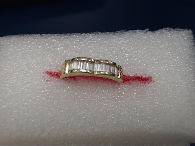 Lady's Gold Ring 14K Yellow Gold 2.01dwt Size:8
