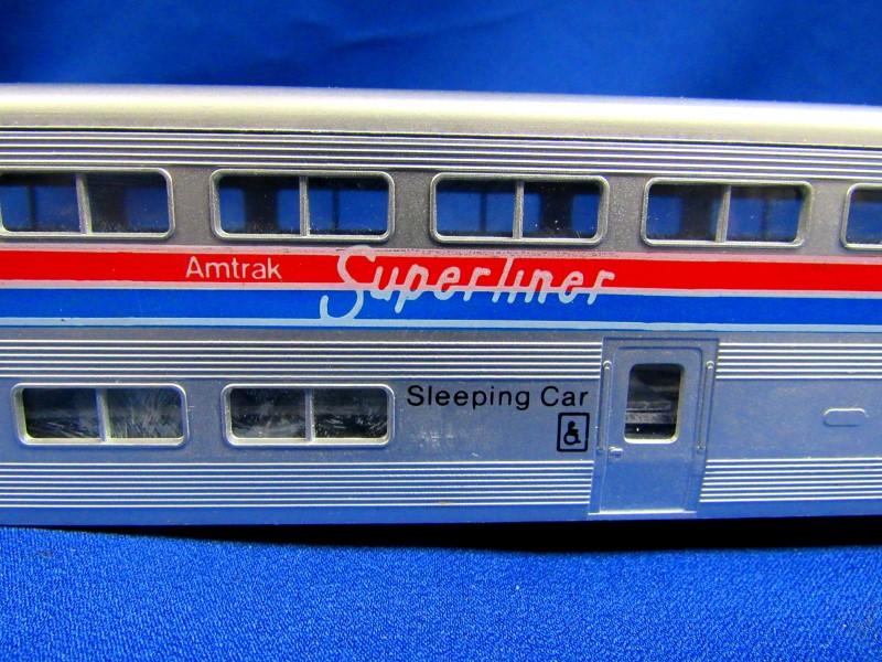 KATO TRAINS AMTRAK SUPERLINER SLEEPING CAR