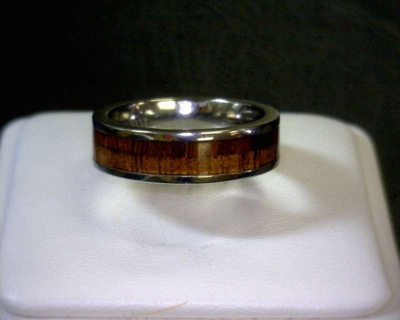 Lady's Ring Silver Titanium 1.4dwt