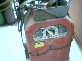 LINCOLN ELECTRIC ARC WELDER AC-225