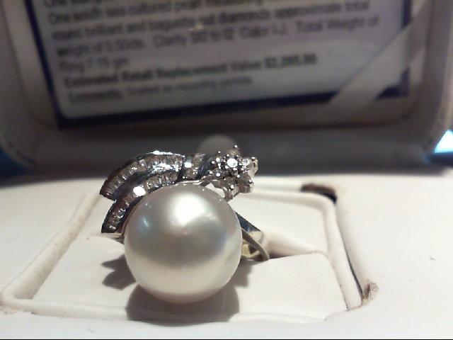 DIAMOND  PEARL RING DIAMOND