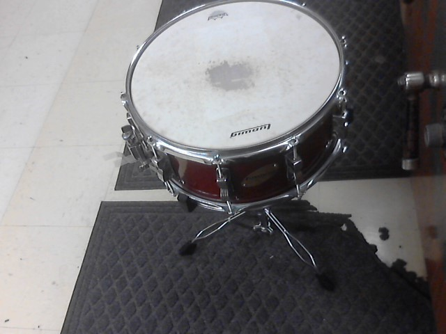 LUDWIG Drum ACCENT CS CUSTOM SNARE DRUM ONLY NOT STAND.