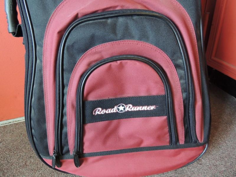 Roadrunner Guitar Case Soft Sided Back Pack Red / Black EXCELLENT CONDITION