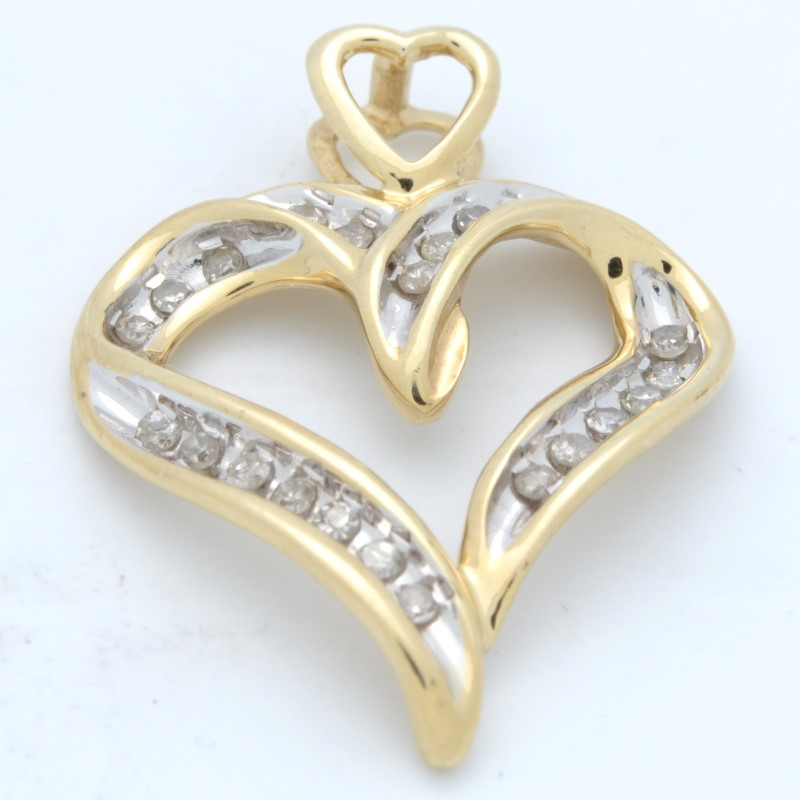 ESTATE DIAMOND HEART PENDANT CHARM SOLID 10K YELLOW GOLD LOVE OPEN