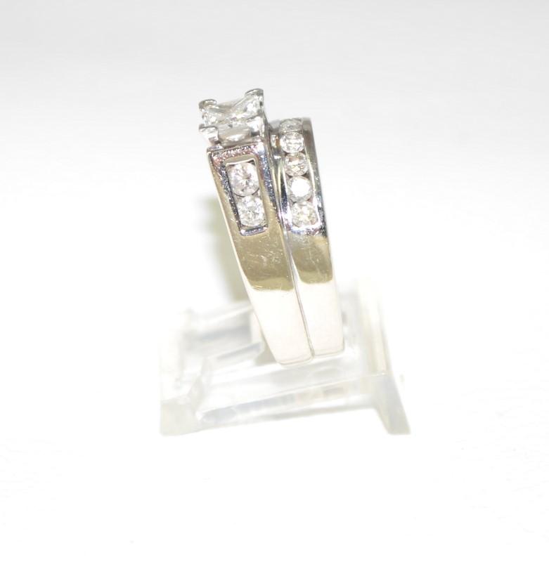 Lady's Diamond Wedding Set 13 Diamonds 1.27 Carat T.W. 14K White Gold 11.5g