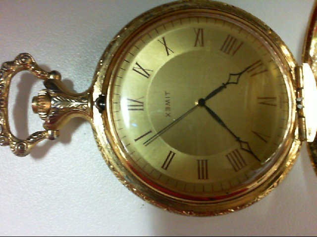 TIMEX GOLD TONE QUARTZ WATCH