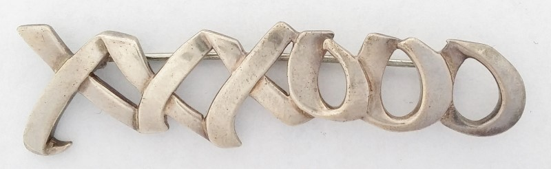 1983 Tiffany & CO Paloma Picasso Sterling Silver XXXOOO Brooch