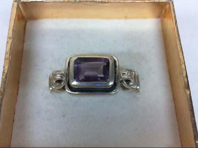 Amethyst Lady's Silver & Stone Ring 925 Silver 6.1g