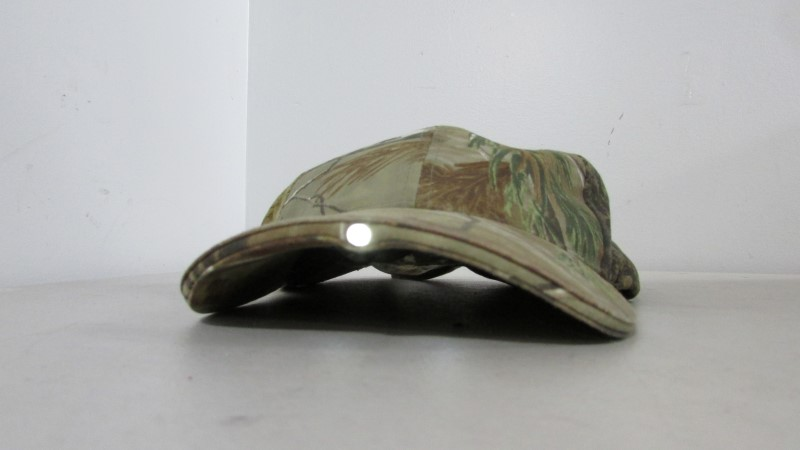 CAMO PANTHER HAT WITH LED RIM