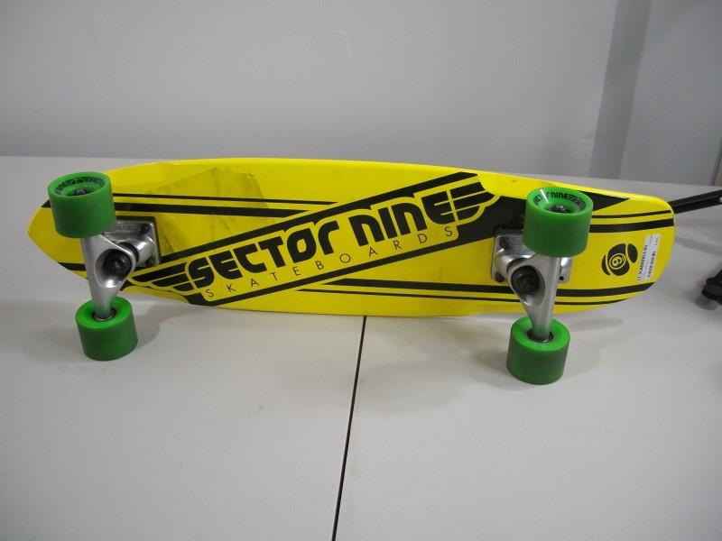 SECTORS Skateboard NINE