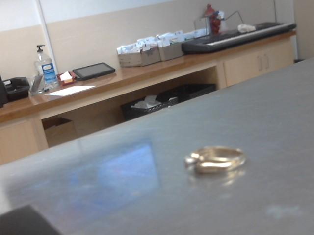 Lady's Diamond Cluster Ring 13 Diamonds .100 Carat T.W. 10K Yellow Gold 3.4g