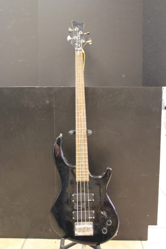 DEAN GUITARS Bass Guitar EDGE BASS 4 STRING