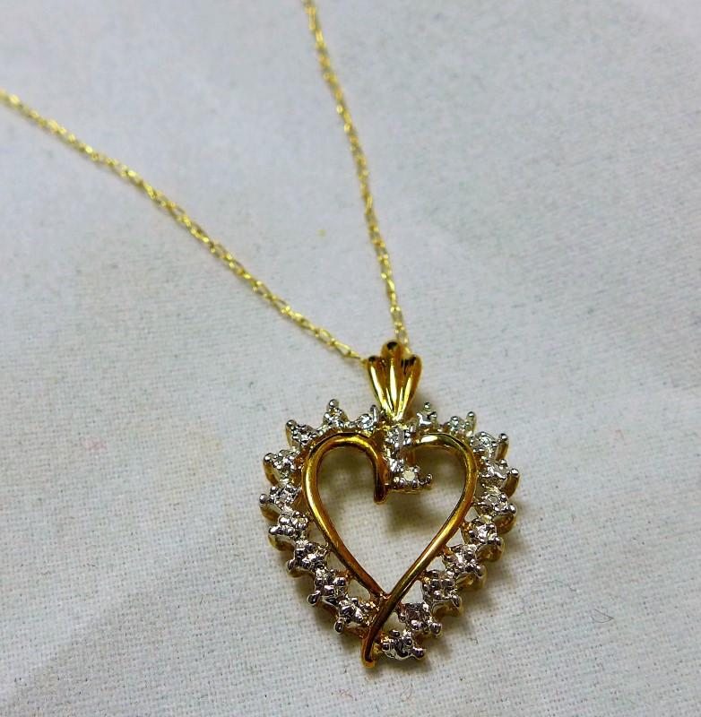 Diamond Necklace 21 Diamonds .21 Carat T.W. 10K Yellow Gold 1.7g