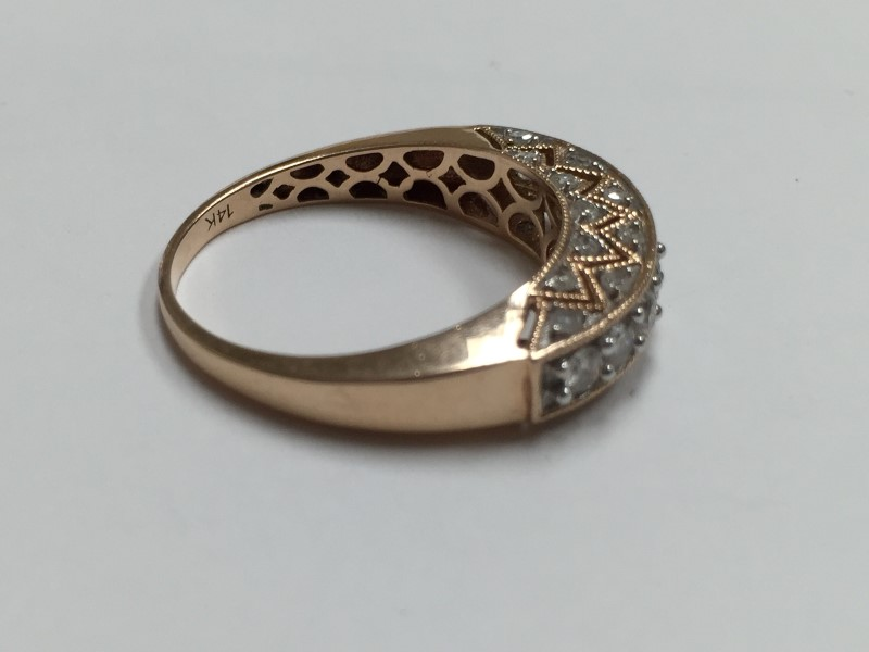 Lady's Diamond Fashion Ring 31 Diamonds 1.69 Carat T.W. 14K Rose Gold 2.3dwt