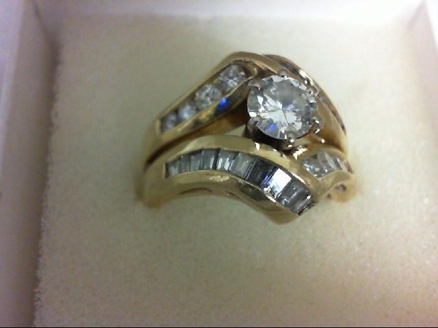 Lady's Diamond Wedding Set 26 Diamonds 1.56 Carat T.W. 14K Yellow Gold 8.14g