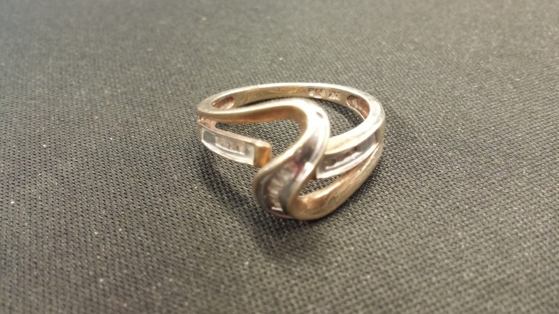 Lady's Diamond Fashion Ring 12 Diamonds .12 Carat T.W. 10K Yellow Gold 1.9dwt